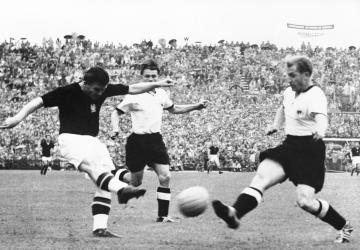 Un joueur, un palmarès : Ferenc Puskas (HON)