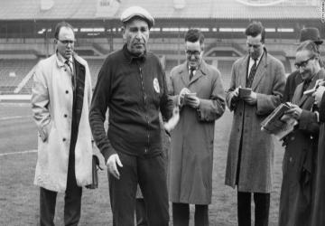Un entraîneur, un palmarès : Bela Guttmann (HON)
