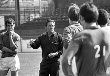 Un entraîneur, un palmarès : Albert Batteux (FRA)
