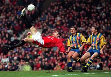 Un joueur, un palmarès : Eric Cantona (FRA)