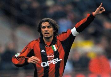Un joueur, un palmarès : Paolo Maldini (ITA)