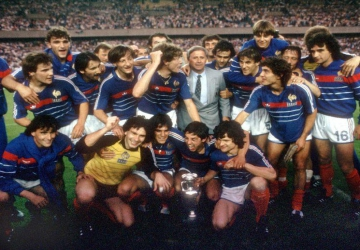 Cette année-là : 1984, premier titre pour les Bleus