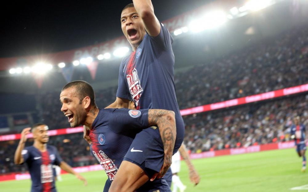 Le grand 8 pour Paris !